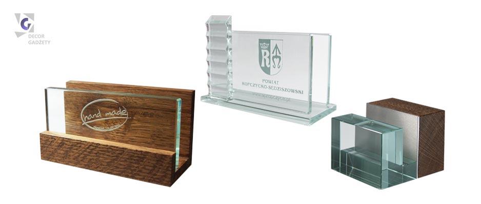 Gadżety na zamówienie. Wizytowniki szklane, Wizytowniki drewniane.